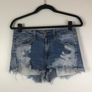 American Eagle l Distressed High Rise Shortie Jean